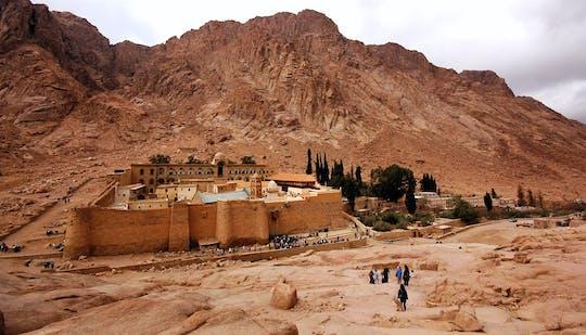 Visite du monastère Sainte-Catherine et de Dahab avec déjeuner de fruits de mer