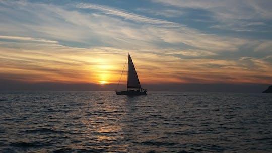 Cruzeiro privado ao pôr do sol em Corfu