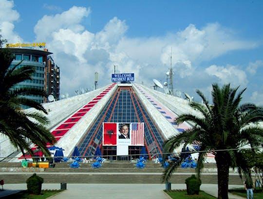 Communistische Albanië-tour in Tirana