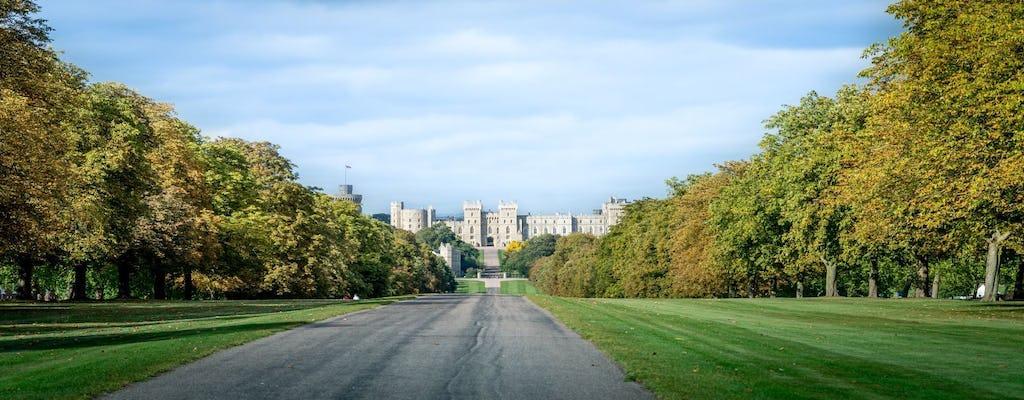 Hop-on-Hop-off Open-Top-Bustour in Windsor