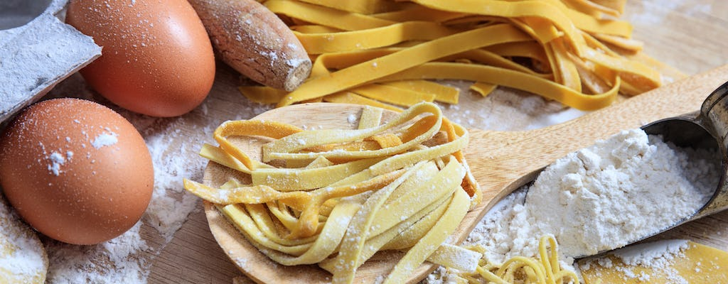 Pasta-making class, wine tasting and dinner in Frascati