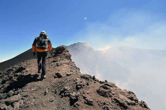 Trekking ai crateri sommitali dell'Etna