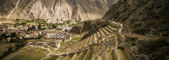 Full-day tour to Sacred Valley from Cusco: Ollantaytambo, Chinchero, and Yucay Museum with lunch