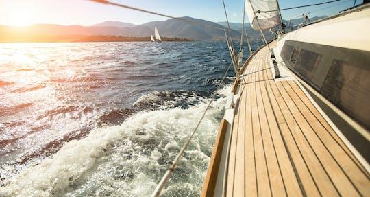Crociera in yacht premium di un'intera giornata a Gedda