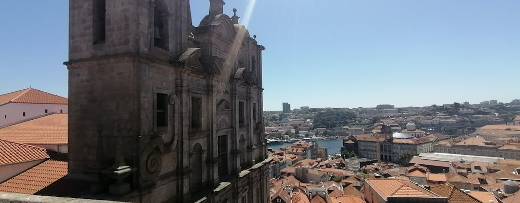 Porto's Old Town exploration game and tour