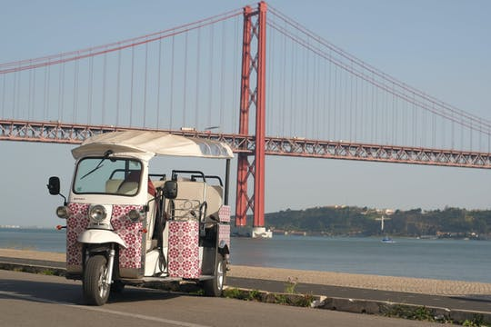 Lisbon Bairro Alto Sitway and tuk-tuk tour