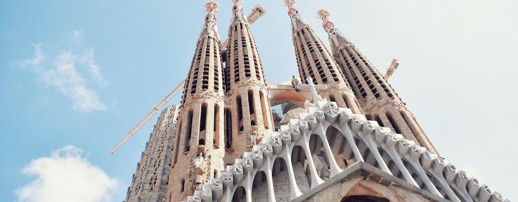 Barcelona highlights combo tour with Sagrada Familia