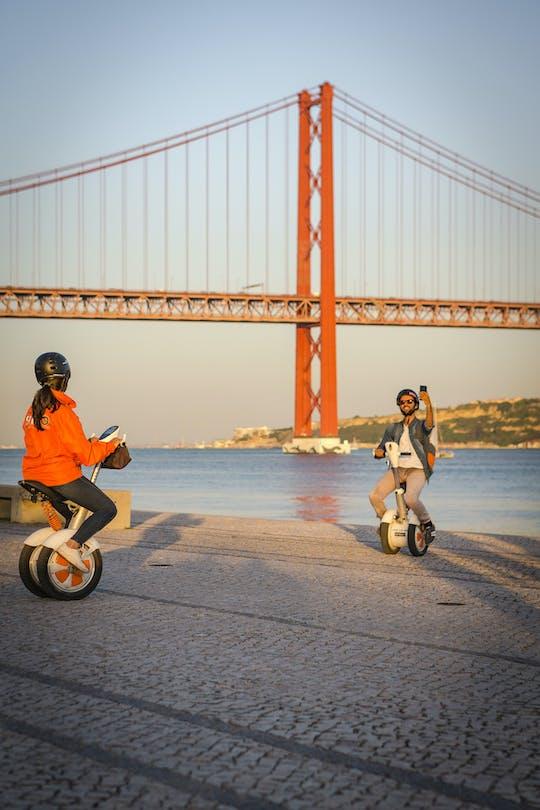Tour de Lisboa Sitway con paseo en barco al atardecer