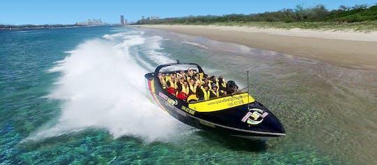 Passeio de jetboat expresso na Gold Coast com cerveja no convés