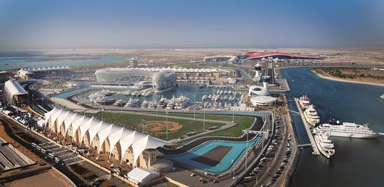 Tour local do circuito Yas Marina com traslado