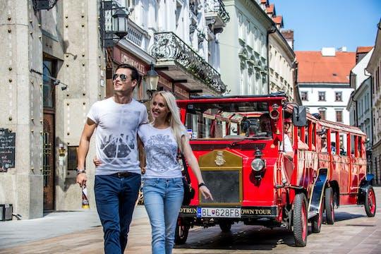 Tour pela cidade velha no Presporacik Oldtimer em Bratislava