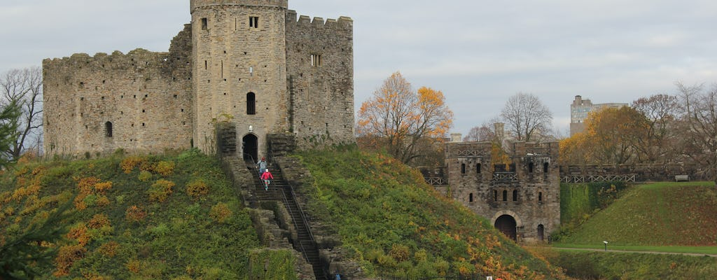 Private tour of Cardiff Castle, Caerphilly Castle and Castle Coch