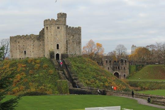Private Tour durch Cardiff Castle, Caerphilly Castle und Castle Coch