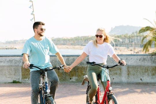 Passeio de bicicleta de 4 horas pela cidade de Barcelona