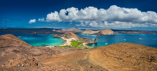 Bartolome Island and Sullivan Bay full-day tour