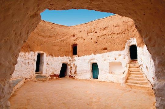 Trzy pustynie tunezyjskiej Sahary i nocleg w oazie