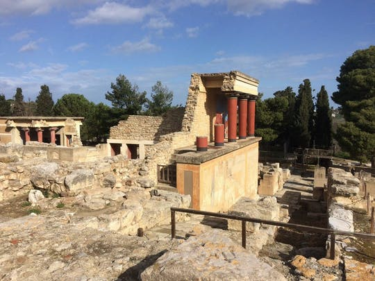 Guided tour of Knossos and Heraklion from Chania