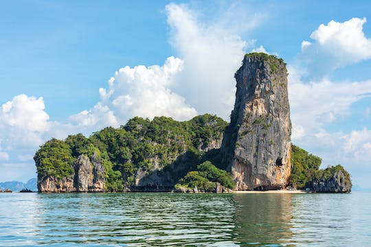 Phang Nga Bay Sighteeing by Longtail boat