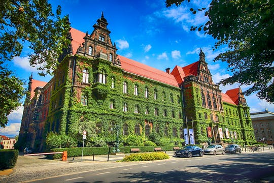 Privérondleiding door Racławice en nationaal museum met de oude binnenstad van Wroclaw