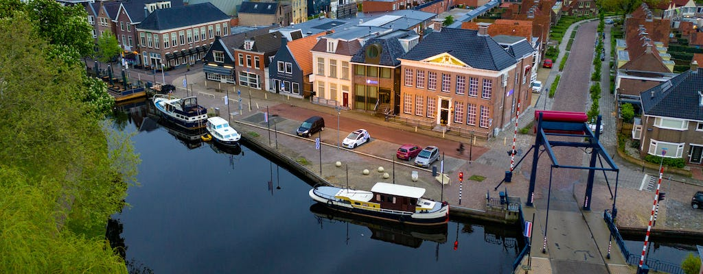Walking tour in Heerenveen with a self-guided city trail