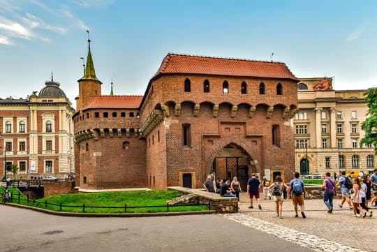 Krakow Old Town highlights private tour with Wawel Hill and Cathedral