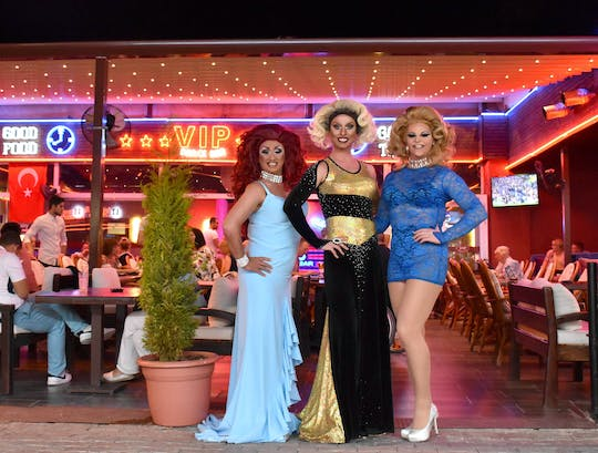 Glamour Dinner Show with Transfer