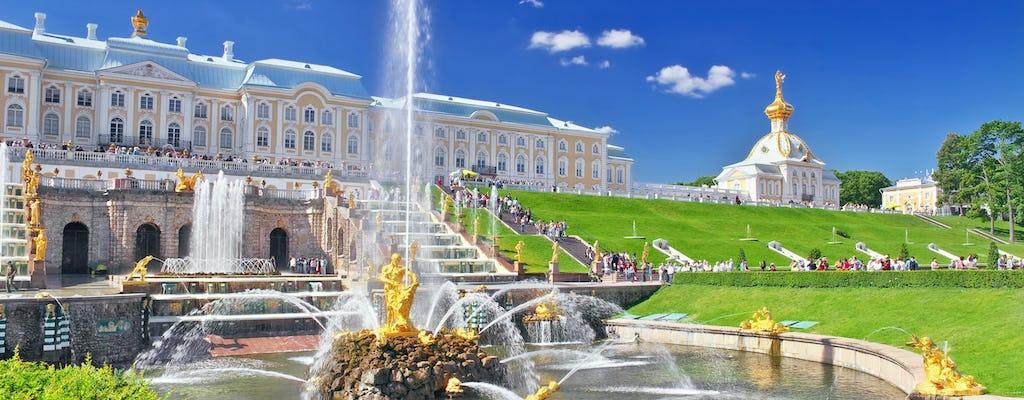 Besichtigung des großen Schlosses Peterhof von Sankt Petersburg aus