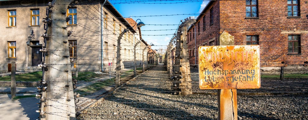 Visita guiada a Auschwitz-Birkenau com bilhete rápido