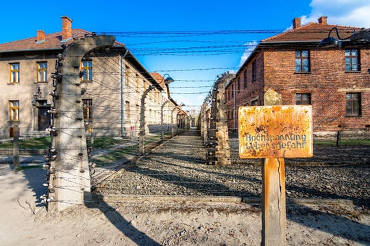 Visita guiada a Auschwitz-Birkenau con entrada prioritaria