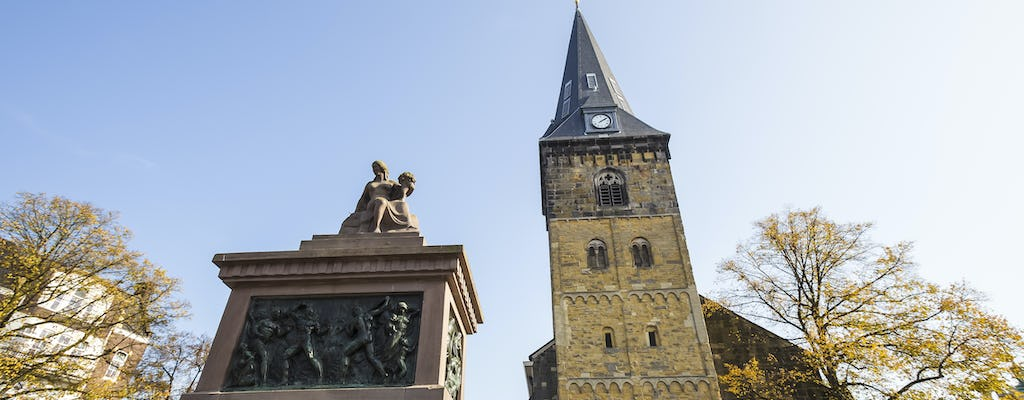 Walking tour in Enschede with a self-guided city trail