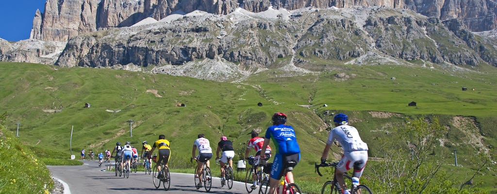 Cycling tour of four Dolomites passes