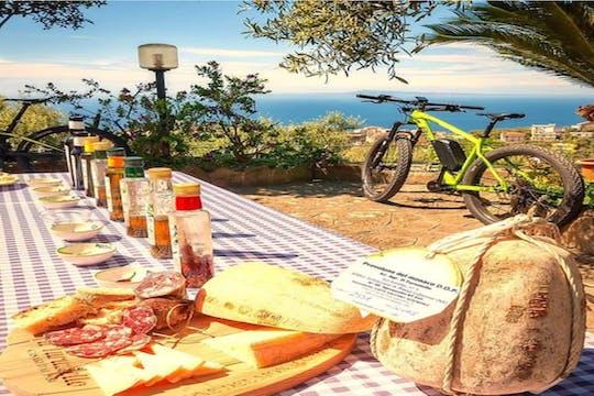Enogastronomic bike tour from Sorrento
