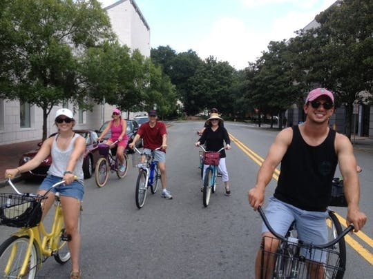 Passeio de bicicleta Pedal Through History em Savannah