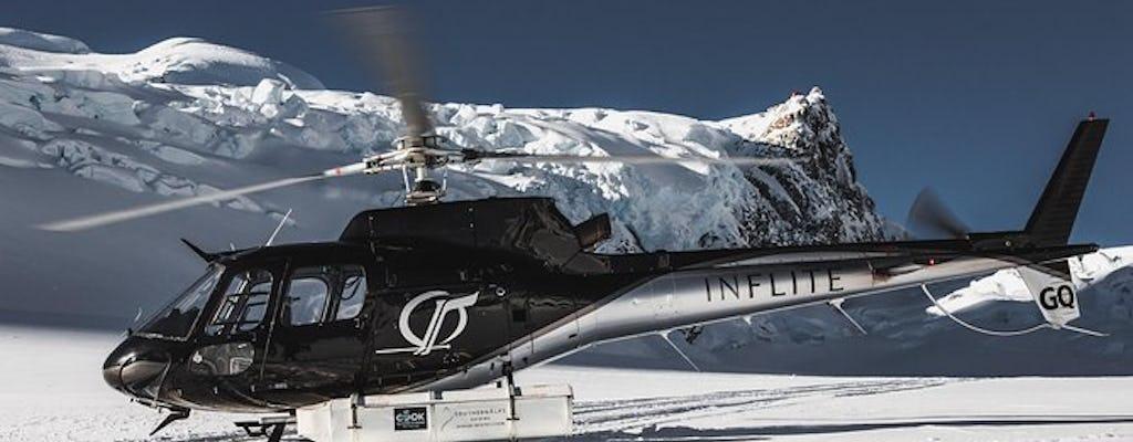 Lodowiec podkreśla widokowy lot helikopterem