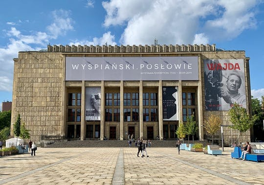 Visita guiada privada sin colas al Museo Nacional y al casco antiguo de Cracovia