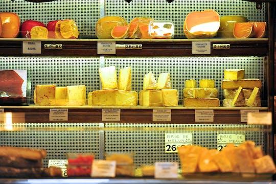 Food tour of the Marais neighborhood