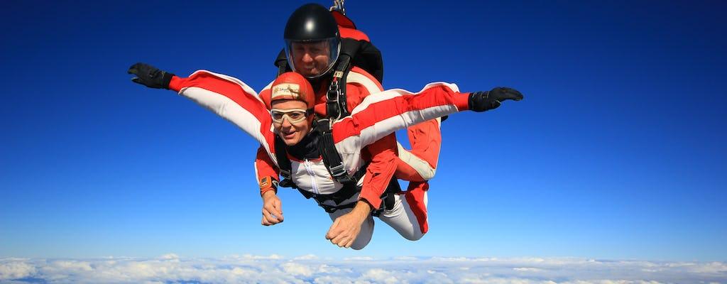 16.500 pés tandem de paraquedismo sobre Abel Tasman