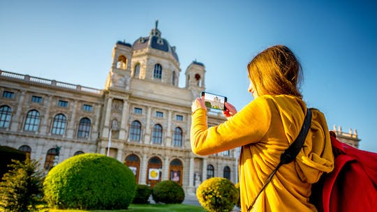 Vienna walking tour following Italian footsteps