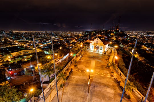 Guayaquil night tour with drinks at Rayuela bar