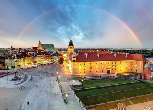 Warsaw Royal Castle and Old Town highlights private tour