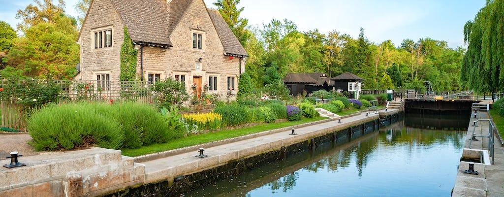 Passeio privado a pé pelo rio Oxford Alice no País das Maravilhas