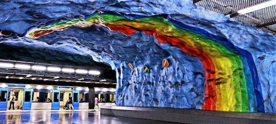 Recorrido a pie por el arte del metro de Estocolmo