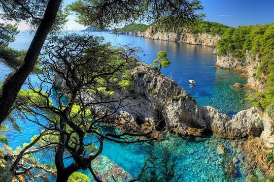 Passeio privado de lancha rápida de Dubrovnik às Ilhas Elafiti