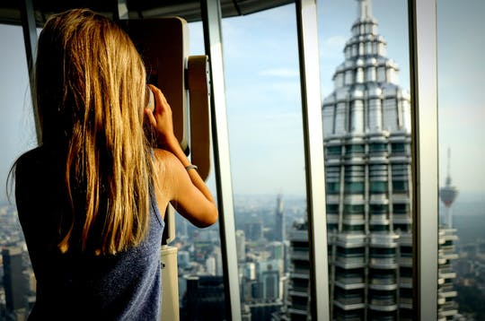 Skip the line Petronas Twin Tower ticket with lunch and round trip transfer