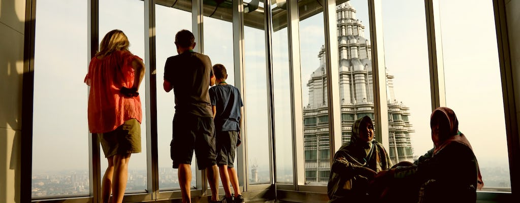 Skip the line Petronas Twin Tower ticket and short KL city trip