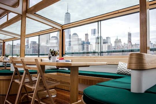 AIANY 'Around Manhattan' architecture cruise