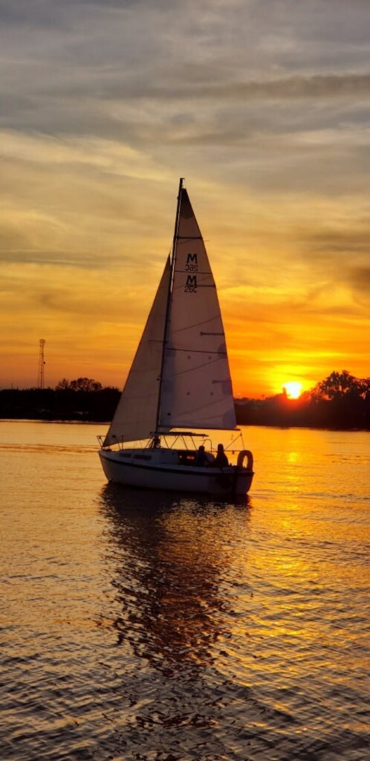 Two-hour private sunset sailing cruise on Lake Fairview in Orlando