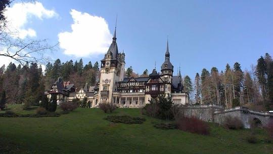 Excursión privada de un día al castillo de Drácula, el castillo de Peles y Brasov desde Bucarest