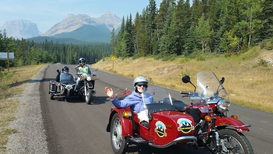 Excursion en moto en side-car vintage dans le pays de Kananaskis
