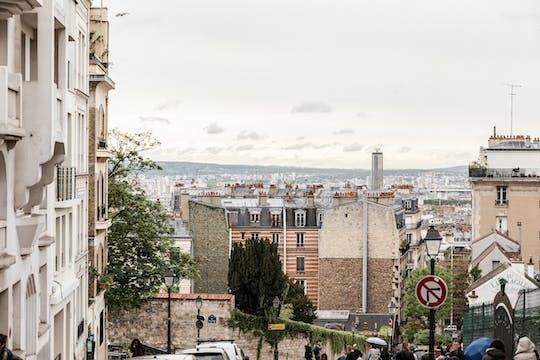 Tour privado de París: explore el ecléctico Montmartre y el bohemio Clignancourt con un local